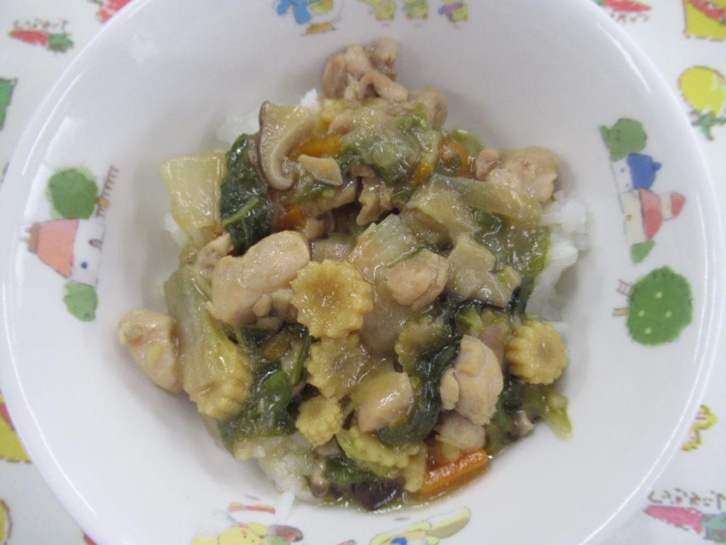 【旨煮丼】色々な野菜を使った野菜あんかけはご飯がすすむ味です